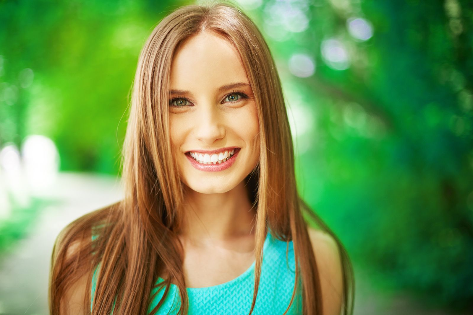 woman smiling eco-responsability